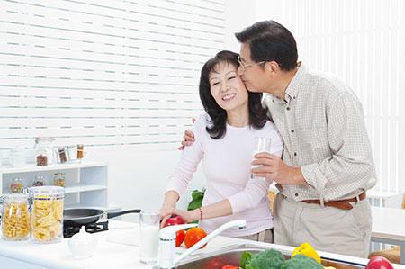 bí quyết làm chậm lão hóa chống lão hóa phụ nữ tiền mãn kinh