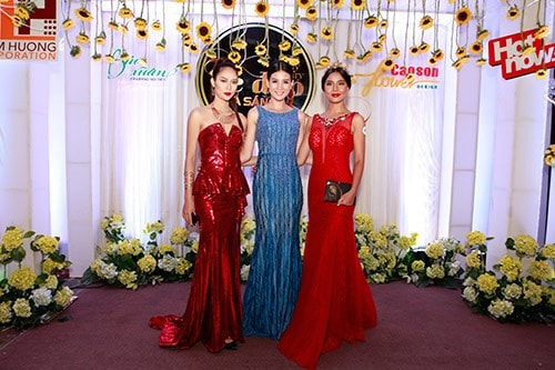 Rất nhiều người mẫu và hoa hậu, á hậu nổi tiếng đã góp mặt trong chương trình này.