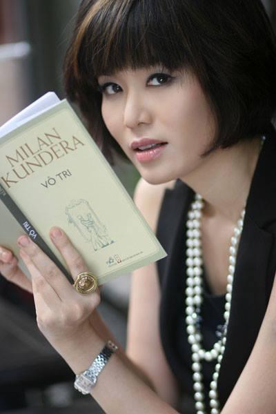 """Hoa hậu Thu Thủy với danh hiệu """" người đàn bà không tuổi"""""""